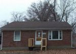 Foreclosed Home in Louisville 40219 1538 RANGELAND RD - Property ID: 4091263