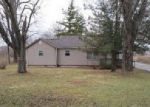 Foreclosed Home in Indianapolis 46217 3342 WICKER RD - Property ID: 4091289