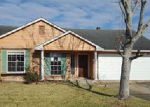 Foreclosed Home in Harvey 70058 2213 SUGARLOAF DR - Property ID: 4092072