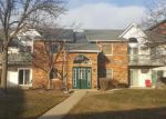 Foreclosed Home in Mchenry 60050 4406 W SHAMROCK LN APT 1B - Property ID: 4092760