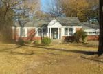 Foreclosed Home in Memphis 38111 3608 KIMBALL AVE - Property ID: 4092867