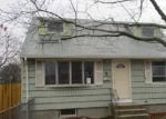 Foreclosed Home in Central Islip 11722 43 CYPRESS ST - Property ID: 4093049