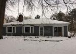 Foreclosed Home in Livonia 48154 27925 WHITCOMB ST - Property ID: 4093138