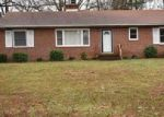 Foreclosed Home in Richmond 23224 618 WOODHAVEN DR - Property ID: 4094870