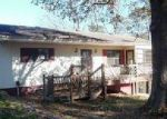 Foreclosed Home in Sainte Genevieve 63670 11296 QUAIL DR - Property ID: 4097244