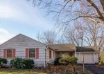 Foreclosed Home in South Glastonbury 6073 197 WASSUC RD - Property ID: 4098547