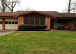 Foreclosed Home in Dayton 77535 38 HILLCREST ST - Property ID: 4099141