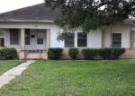 Foreclosed Home in Robstown 78380 209 E AVENUE H - Property ID: 4100046