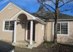 Foreclosed Home in Roseburg 97470 547 NE WINCHESTER ST - Property ID: 4101638