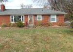 Foreclosed Home in Louisville 40272 9913 VEGA LN - Property ID: 4102971