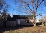 Foreclosed Home in Kilgore 75662 3317 BROADWAY BLVD - Property ID: 4103163