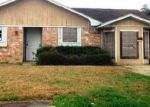 Foreclosed Home in Beaumont 77708 4630 GLEN OAKS CIR - Property ID: 4103505