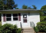 Foreclosed Home in Mastic Beach 11951 80 MARKET ST - Property ID: 4104284
