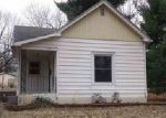 Foreclosed Home in Wamego 66547 511 CHESTNUT ST - Property ID: 4104435