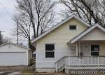 Foreclosed Home in Springfield 62703 1605 E GLENN AVE - Property ID: 4104918
