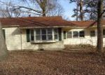 Foreclosed Home in Centralia 65240 130 S DENTON ST - Property ID: 4105131