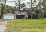 Foreclosed Home in Dickinson 77539 2404 HOLLY DR - Property ID: 4105680