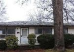 Foreclosed Home in Warren 44485 2805 MERRIWEATHER ST NW - Property ID: 4105696