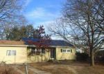 Foreclosed Home in Brentwood 11717 79 CLAYWOOD DR - Property ID: 4108903