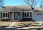 Foreclosed Home in Newkirk 74647 525 S APPLE AVE - Property ID: 4110012