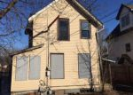 Foreclosed Home in Minneapolis 55404 2500 13TH AVE S - Property ID: 4110331