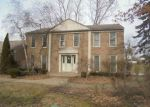 Foreclosed Home in West Bloomfield 48323 4390 SAVOIE TRL - Property ID: 4110380