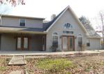 Foreclosed Home in Carrier Mills 62917 1620 N BATTLEFORD RD - Property ID: 4110545