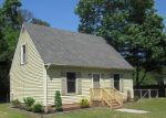 Foreclosed Home in Gloucester 23061 3639 FOXHAVEN DR - Property ID: 4110886