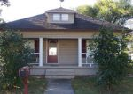 Foreclosed Home in West Frankfort 62896 1212 E POPLAR ST - Property ID: 4111643