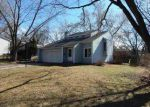Foreclosed Home in Bettendorf 52722 2505 BAYBERRY CT - Property ID: 4111709