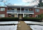 Foreclosed Home in West Hartford 6119 102 OAKWOOD AVE APT T2 - Property ID: 4111990