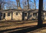 Foreclosed Home in Indianapolis 46226 4015 DEVON DR - Property ID: 4112241