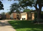 Foreclosed Home in Baytown 77521 9951 EL CHACO ST - Property ID: 4113089