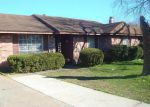 Foreclosed Home in Houston 77038 946 FRANCITAS DR - Property ID: 4113108