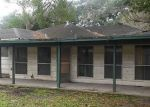 Foreclosed Home in Alvin 77511 910 W WILLIS ST - Property ID: 4113569