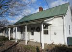Foreclosed Home in Elizabethton 37643 407 E MILL ST - Property ID: 4113584