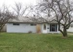Foreclosed Home in Sheffield Lake 44054 907 EAST DR - Property ID: 4114543