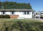Foreclosed Home in Grottoes 24441 604 4TH ST - Property ID: 4115188