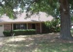 Foreclosed Home in Mexia 76667 905 PARK LN - Property ID: 4115244