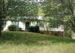 Foreclosed Home in Charlotte 28215 5529 COTTAGE COVE LN - Property ID: 4116632