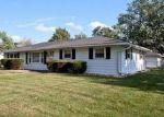 Foreclosed Home in Romeoville 60446 19350 JACQUIE AVE - Property ID: 4116835