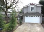 Foreclosed Home in Portland 97267 2128 SE MAPLE ST - Property ID: 4117421