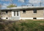 Foreclosed Home in Louisville 40258 6110 PANAX LN - Property ID: 4117424