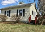 Foreclosed Home in Fairdale 40118 10505 NATIONAL TPKE - Property ID: 4117429