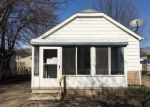 Foreclosed Home in Hazel Park 48030 1621 E EVELYN AVE - Property ID: 4117558