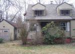 Foreclosed Home in Warren 44483 3555 WOODSIDE DR NW - Property ID: 4119700