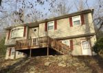 Foreclosed Home in Nitro 25143 5 LAKE LN - Property ID: 4120187