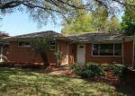 Foreclosed Home in Metairie 70003 3017 GREEN ACRES RD - Property ID: 4121159