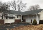 Foreclosed Home in Peoria 61614 6425 N GREENMONT RD - Property ID: 4121217