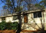 Foreclosed Home in Stone Mountain 30083 734 OAK HILL CIR - Property ID: 4121249